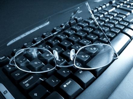 5 trucos para encontrar #trabajo en Redes Sociales