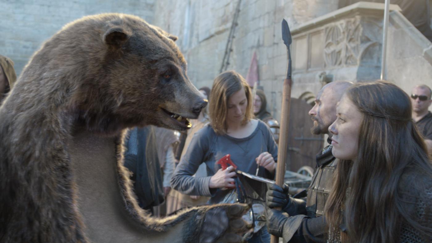 El oso, la nueva publi de Canal +