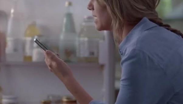 Anuncio Siri – iPhone 4S. Tu asistente