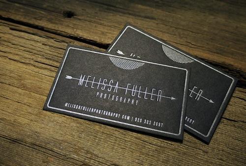 17 diseños de tarjetas de visita oscuros originales