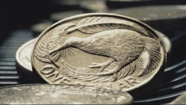 Un spot que muestra cómo es la ajetreada vida de una moneda
