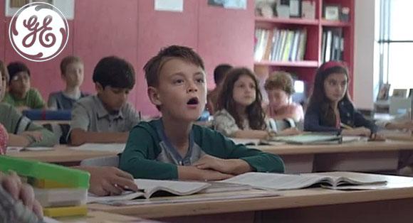 El anuncio del niño que hace beep