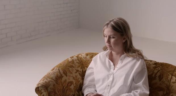 Dove pregunta a tres mujeres ciegas sobre la belleza en su nuevo spot en Suecia