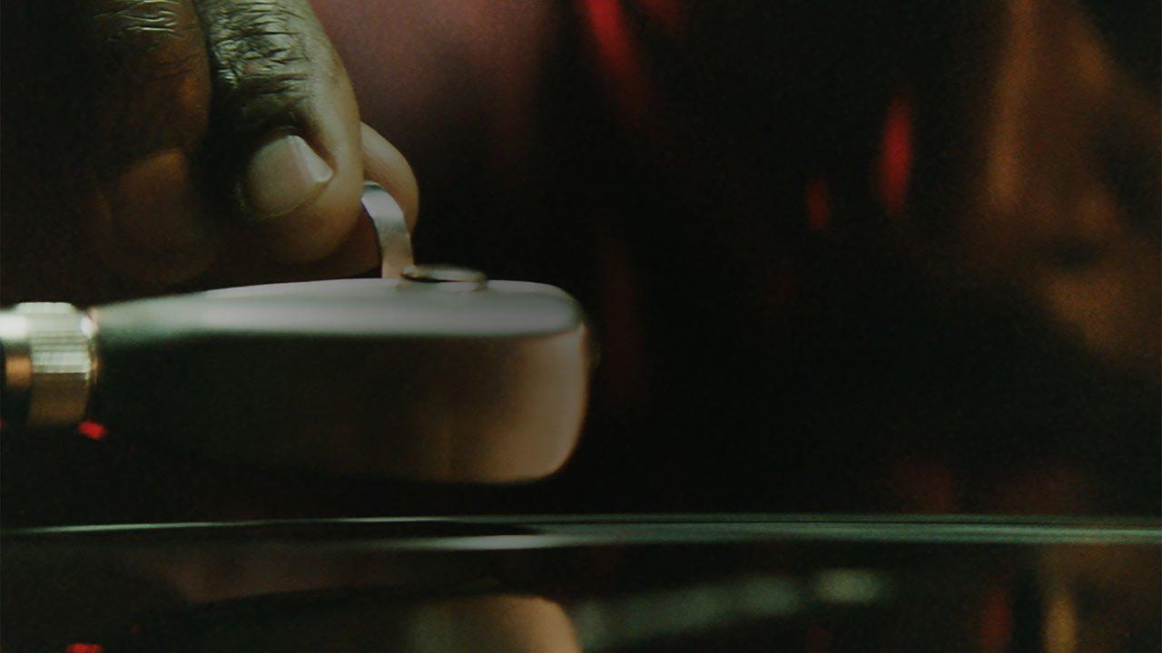 El primer spot de Apple Music trae el historia del sonido