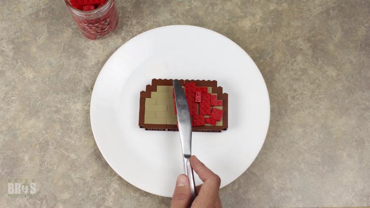 Un corto que muestra cómo sería la vida si estuviera hecha con LEGO
