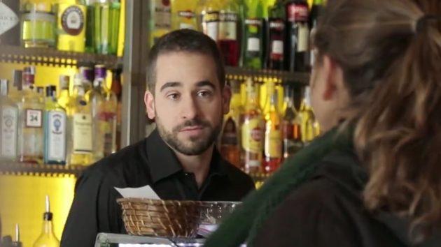 NoAlEscaqueo: El camarero quiere que paguen por lo no pagado por otro cliente
