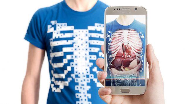 Virtuali-Tee la camiseta que lee nuestro cuerpo con rayos X